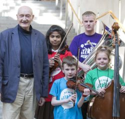 Richard Holloway to stand down as Chairman of Sistema Scotland